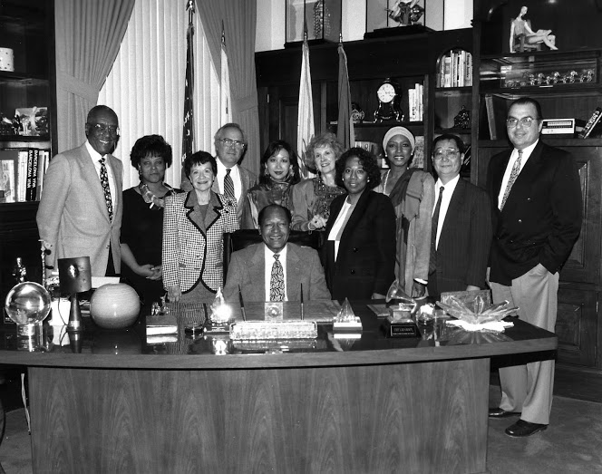 Mayor Tom Bradley with staff, courtesy of The Tom Bradley Legacy Foundation at UCLA